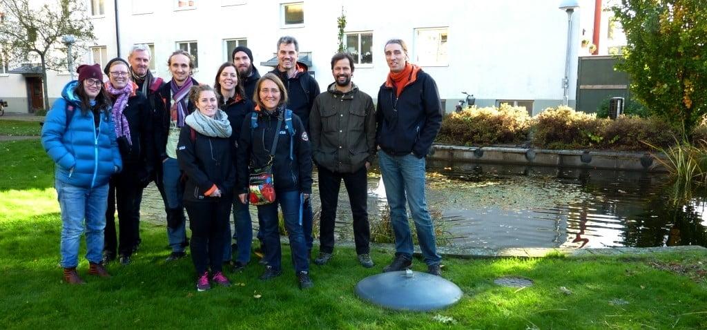 Gruppbild vid en dagvattendamm i Augustenborg, Malmö.